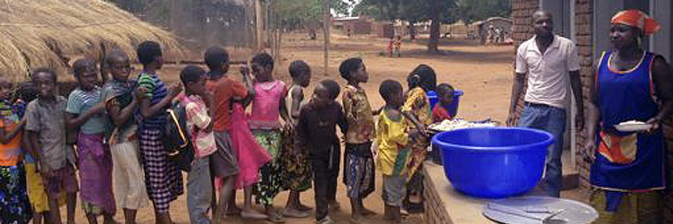 Universal Corporation - Impact > CommunitySupport > Water In